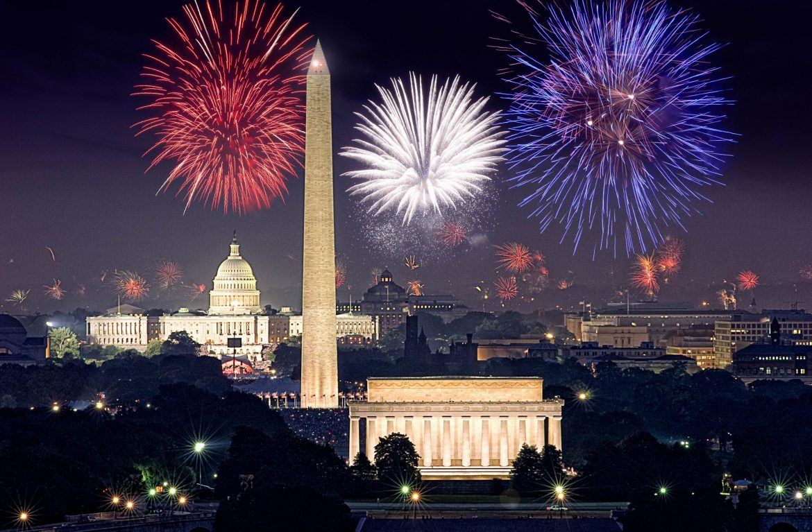 """Best cities to watch 4th July firework""  Best cities to watch 4th of July fireworks washingtondc"